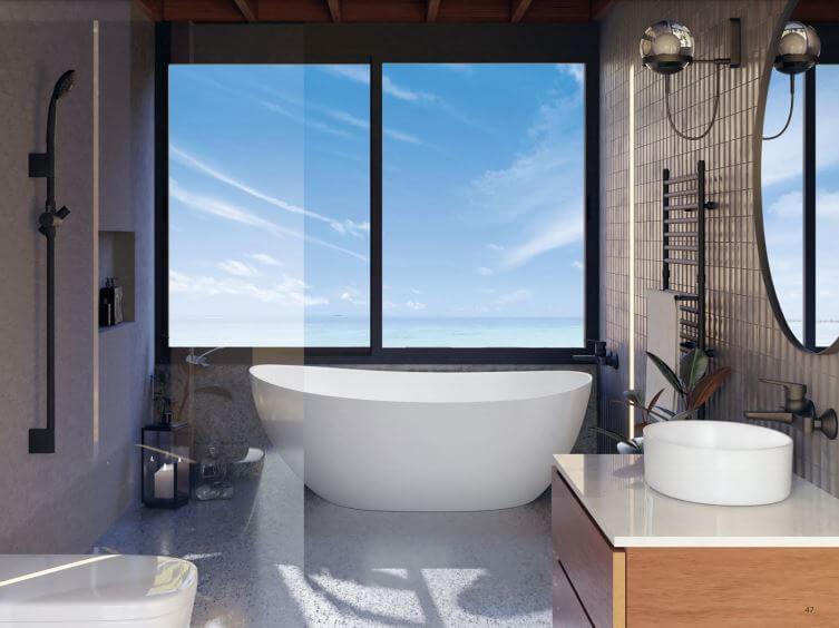 Cuarto de baño moderno con bañera exenta color blanco